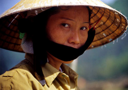 volto vietnamita.jpg - 30kB